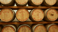 How barrel aging affects whiskey