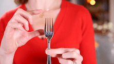 Properly handling restaurant tableware