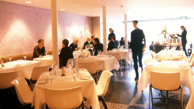 Fine dining presentation and communication standards